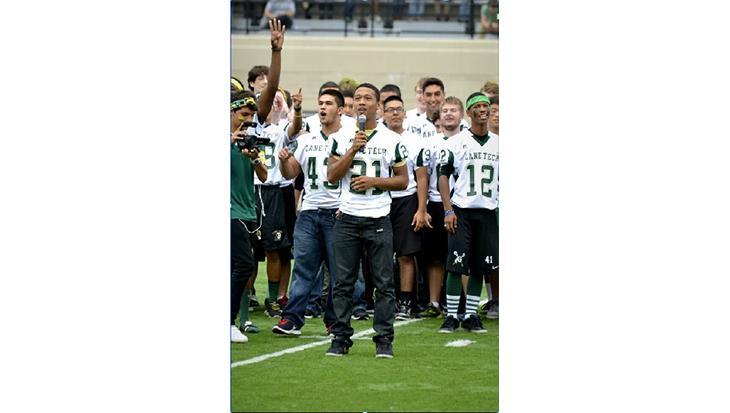 Juniors emerge as leaders on football team