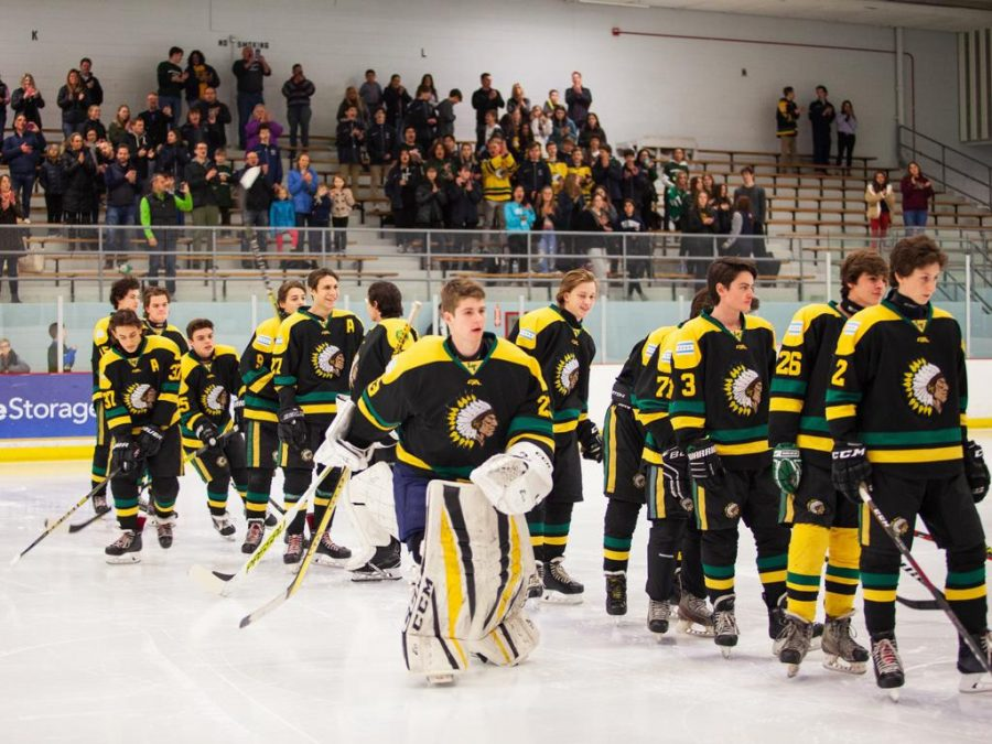 Boys+Hockey+looks+to+improve+amidst+a+losing+season