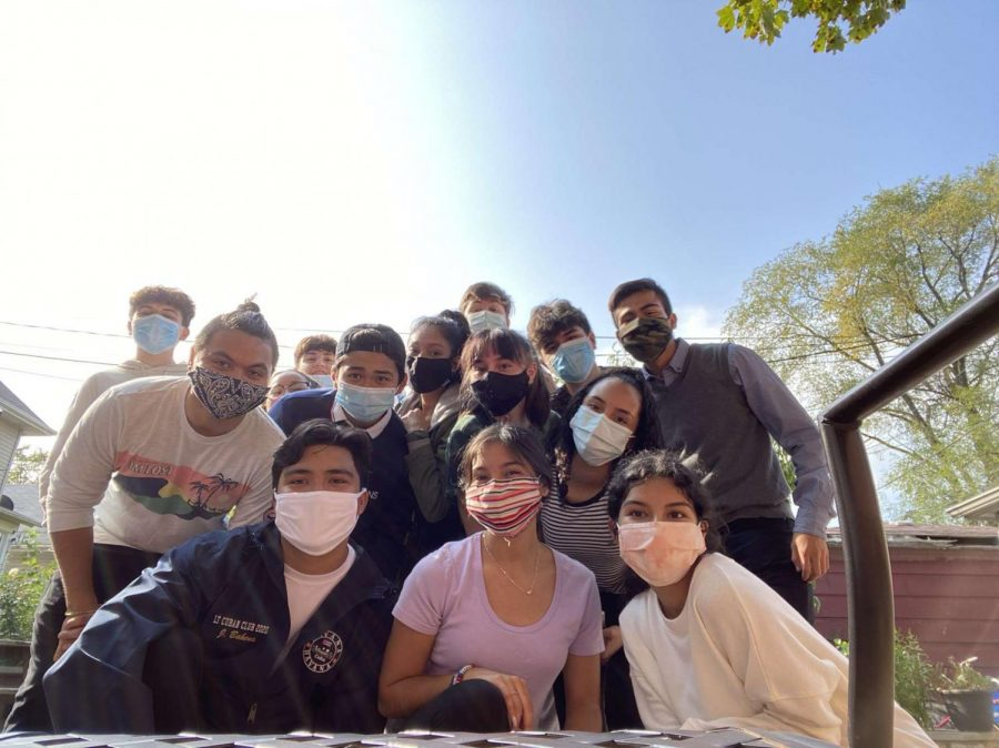 Cuban+Club+practices+choreography+outdoors+while+wearing+masks+to+follow+COVID-19+safety+regulations+%28Photo+Courtesy+of+Lorena+Castro%29