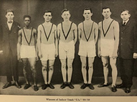 Fritz Pollard, second from left, stands with other members of the 1909-1910 Lane Tech indoor track team. (Photo courtesy of Lane Tech Alumni Association)