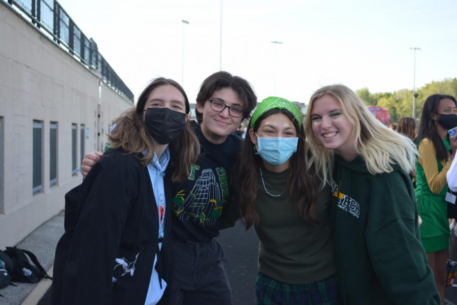Pictured from left to right: Gen Carlozo, Alex Newman, Ava Kolodziej and Cayleigh Kissinger.